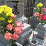 墓参りの花はどこで買う?前日に購入する場合の注意 造花はダメ?
